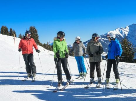 winter-obersaxen-schneetag_front_large